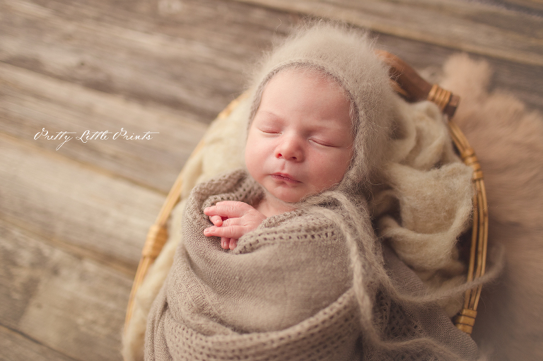 Katy tx newborn photographer in home i had the pleasure of meeting with his gorgeous parents back in february and do their maternity session on my favorite